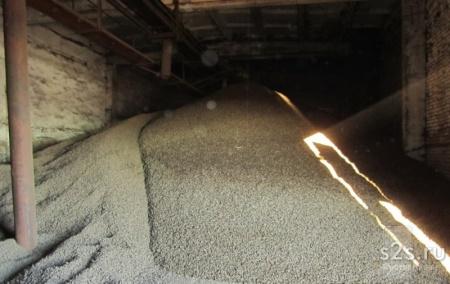 Кукурузный корм сухой от 20 тонн