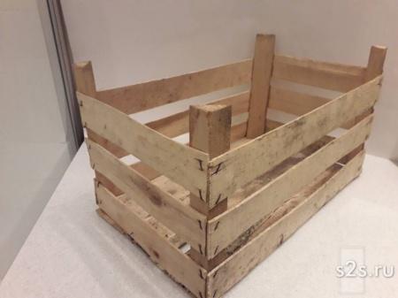 Деревянные ящики для овощей и фруктов.