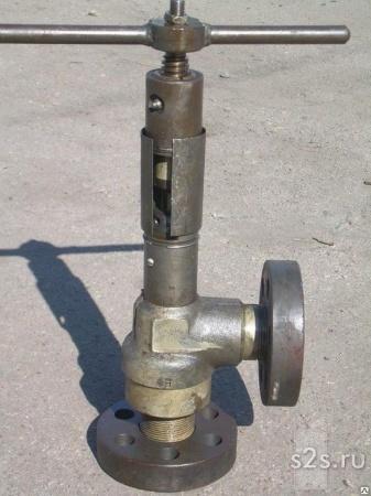 Клапан запорный угловой КЗУ ТУ 3742-005-05777029-2010